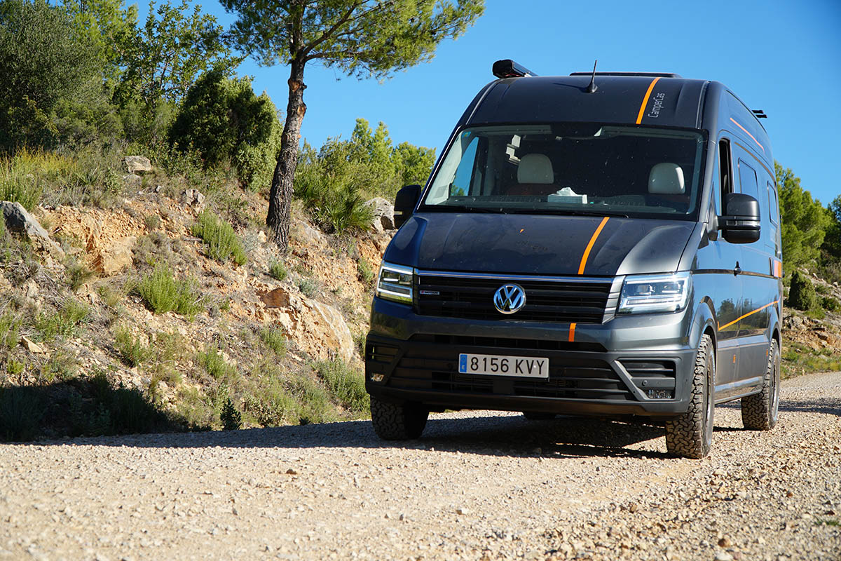 Volkswagen Crafter CAMPER 4×4 [REVIEW] Distribución Francesa | Campercas Adrenaline